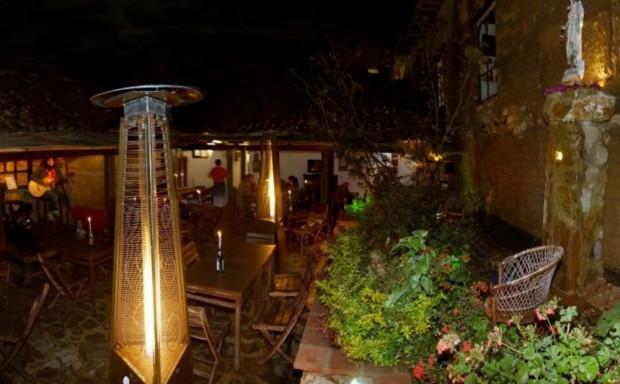 Instalaciones. Mama Santa Fuente: Restaurante MamaSanta Facebook com